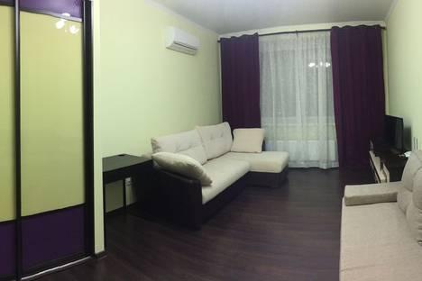 Сдается 1-комнатная квартира посуточно в Химках, проспект Мельникова, 3.