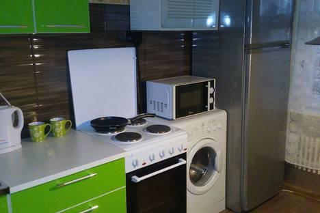 Сдается 1-комнатная квартира посуточно в Новополоцке, Молодежная улица 181/2.