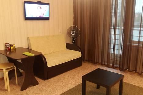 Сдается 1-комнатная квартира посуточнов Каменск-Уральском, улица Суворова, 20.