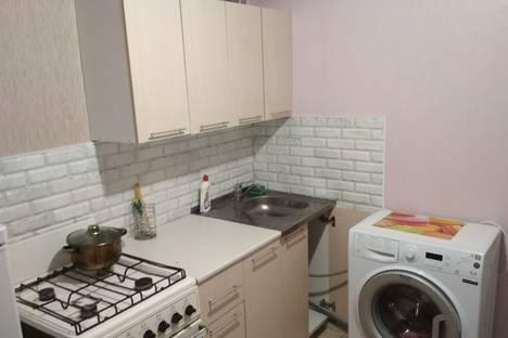 Сдается 1-комнатная квартира посуточнов Елабуге, 7-й комплекс, 23.