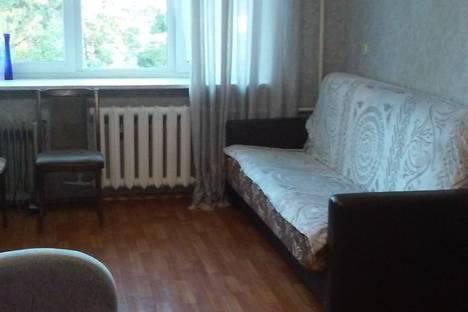 Сдается 1-комнатная квартира посуточнов Омске, бульвар Победы, 1.