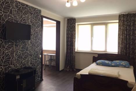 Сдается 1-комнатная квартира посуточно в Альметьевске, улица Мира, 3.