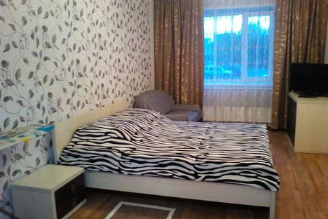 Сдается 1-комнатная квартира посуточно в Бердске, м/р Северный 18/1.