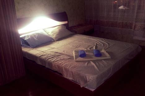 Сдается 1-комнатная квартира посуточно в Алматы, микрорайон Аксай-2, 15.