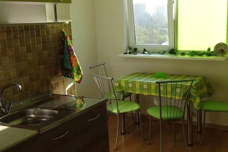 Сдается 2-комнатная квартира посуточнов Сочи, улица Калужская, 23.