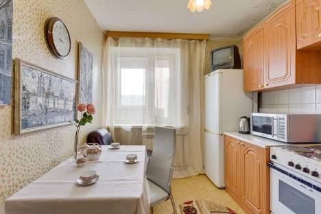Сдается 1-комнатная квартира посуточнов Москве, Зои и Александра Космодемьянских улица, 38.