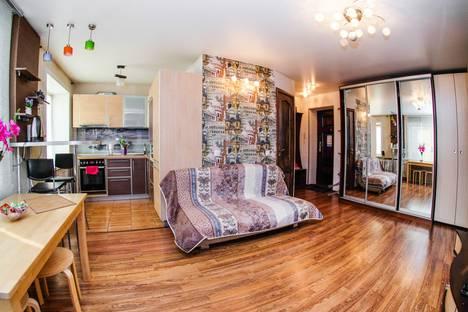 Сдается 3-комнатная квартира посуточно, улица Блюхера, 3.