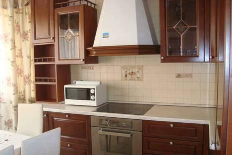 Сдается 1-комнатная квартира посуточно в Оби, улица ЖКО аэропорта 18.