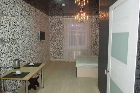 Сдается 1-комнатная квартира посуточнов Серове, ул. Каквинская, 83.