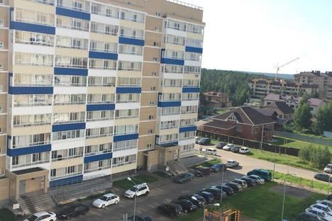 Сдается 1-комнатная квартира посуточнов Елабуге, 65-й комплекс, 18.