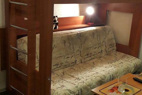 Сдается 1-комнатная квартира посуточнов Колпино, Гороховая улица, 48.