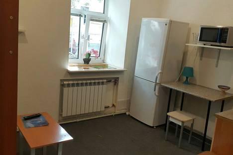 Сдается 1-комнатная квартира посуточнов Санкт-Петербурге, Гороховая улица, 48.