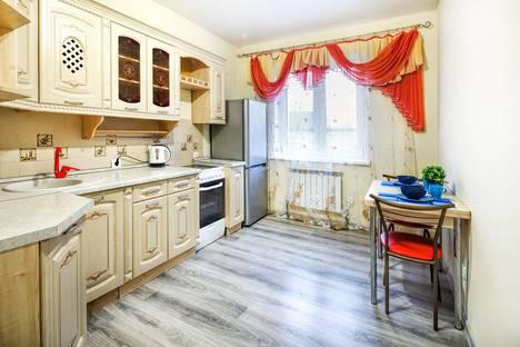 Сдается 1-комнатная квартира посуточно, улица Крылова, 34.