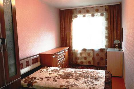 Сдается 2-комнатная квартира посуточно в Братске, улица Металлургов д 17.