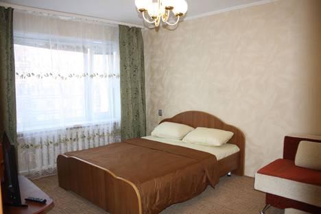 Сдается 1-комнатная квартира посуточно в Сургуте, ул. Ленина, д. 65/2.