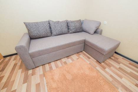 Сдается 2-комнатная квартира посуточново Владивостоке, Енисейская, 17.