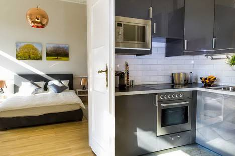 Сдается 1-комнатная квартира посуточнов Новосибирске, улица Титова, 7.