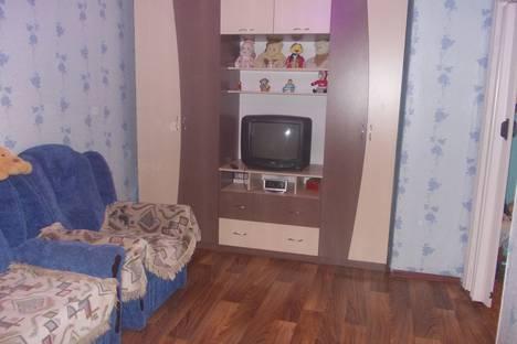Сдается 1-комнатная квартира посуточно в Великом Устюге, улица Кузнецова 16.