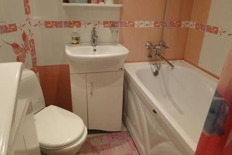 Сдается 1-комнатная квартира посуточнов Каменск-Уральском, улица Репина, 15А.
