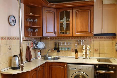 Сдается 2-комнатная квартира посуточнов Солнечногорске, Центральный проспект, корпус 360.