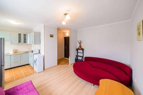 Сдается 1-комнатная квартира посуточно во Владивостоке, проспект Столетия Владивостоку, 20.