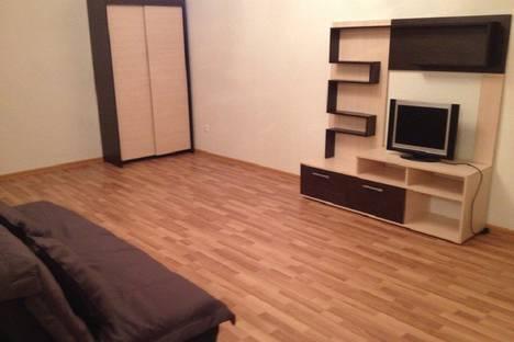 Сдается 2-комнатная квартира посуточнов Сухом Логе, Сухой лог фучика 4а.