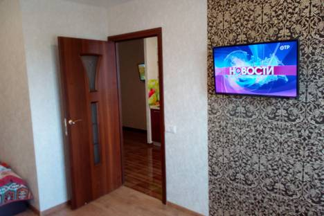 Сдается 2-комнатная квартира посуточно в Кирове, Московская улица,110к1.