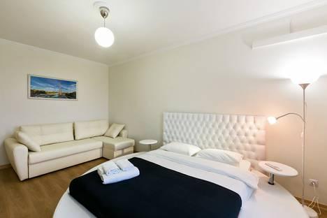 Сдается 1-комнатная квартира посуточно, Митинская 28к4.
