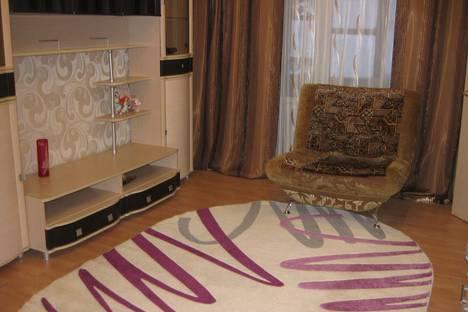 Сдается 3-комнатная квартира посуточнов Кировске, кировск мурманская область ул парковая д-з-10.