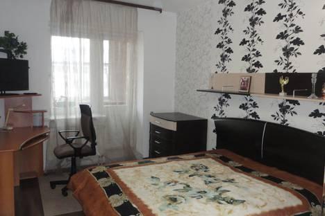 Сдается 2-комнатная квартира посуточно в Сыктывкаре, ул. Морозова, 100.