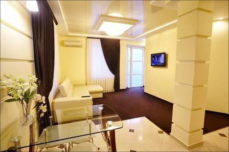 Сдается 2-комнатная квартира посуточно в Кишиневе, Ультрацентр, Пушкина 28.
