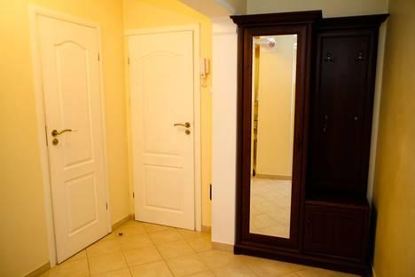 Сдается 2-комнатная квартира посуточно, Кишинев,пр-т 18.
