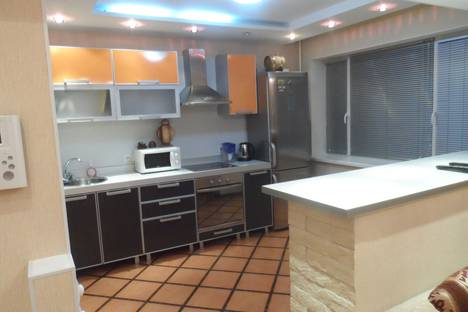 Сдается 2-комнатная квартира посуточно в Воркуте, улица Гагарина 9а.