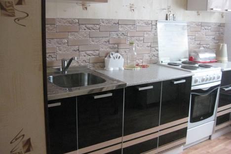 Сдается 3-комнатная квартира посуточнов Кировске, кировск мурманская область ул кирова 12.
