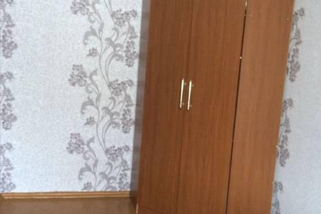 Сдается 1-комнатная квартира посуточнов Североморске, Улица адмирала Падорина, дом 25, квартира 53.