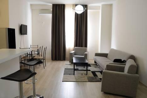 Сдается 3-комнатная квартира посуточно в Тбилиси, важа-пшавела 76.