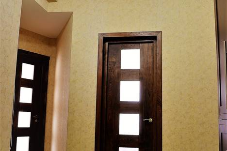 Сдается 3-комнатная квартира посуточно в Тбилиси, Адам-Митскевичи-стрит 29.