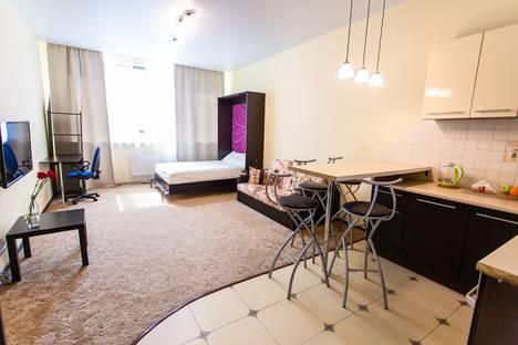 Сдается 1-комнатная квартира посуточно в Санкт-Петербурге, Московский пр. 183 лит.Б.