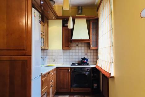 Сдается 3-комнатная квартира посуточнов Смоленске, проспект Гагарина, 6.
