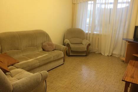 Сдается 2-комнатная квартира посуточно в Чебоксарах, ул. Маршака, 6к1.
