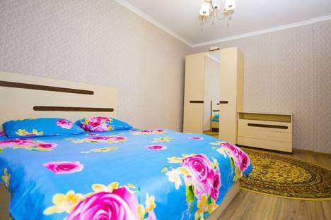 Сдается 2-комнатная квартира посуточно в Астане, ул. Сарайшык 7.