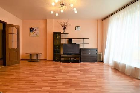 Сдается 2-комнатная квартира посуточнов Воронеже, проспект Революции д. 9-а.