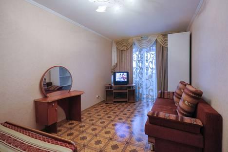 Сдается 1-комнатная квартира посуточнов Омске, Орджоникидзе, 162.