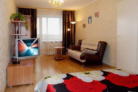 Сдается 1-комнатная квартира посуточно в Череповце, проспект Победы, 111.