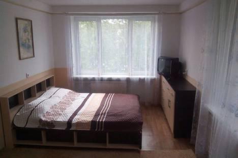 Сдается 1-комнатная квартира посуточно в Колпино, Стахановская улица, 16.