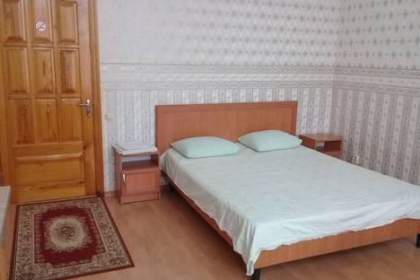 Сдается 1-комнатная квартира посуточно в Симферополе, 31 улица Богдана Хмельницкого.