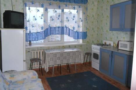 Сдается 1-комнатная квартира посуточно в Саратове, улица Блинова д. 21а.