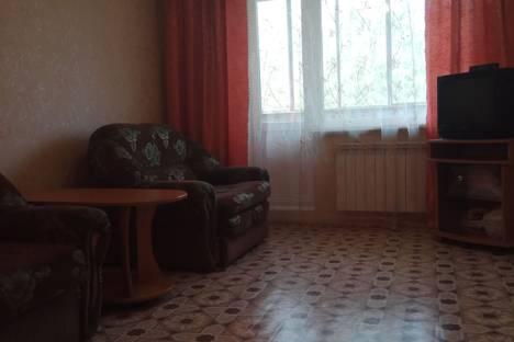 Сдается 1-комнатная квартира посуточно в Каменск-Уральском, Кирова 27.