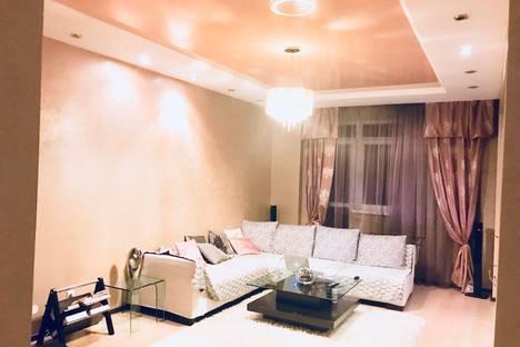 Сдается 2-комнатная квартира посуточно в Астане, ул. Сарайшык 38.