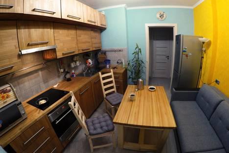 Сдается 2-комнатная квартира посуточно в Люберцах, ул. Барыкина дом 4.